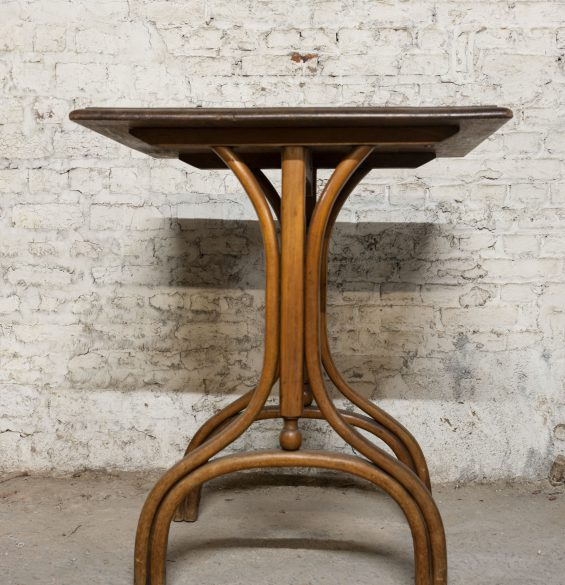table de bistrot thonet 1930 bois courbé